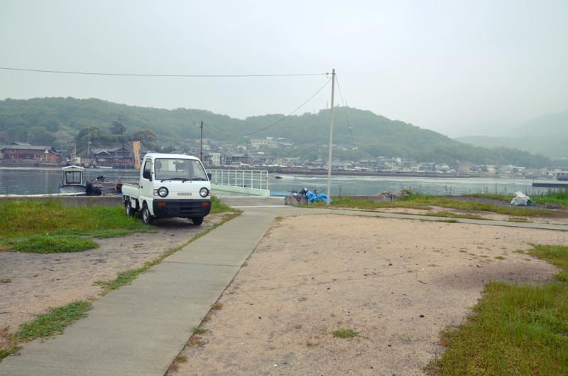 沖之島の港